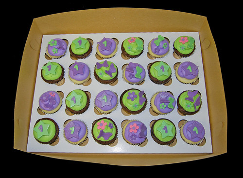 Green and Purple Cupcakes for a Tinkerbell party