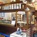 Bar en funcionamiento en pleno casco antiguo. Infórmese sin compromiso en su agencia inmobiliaria Asegil. www.inmobiliariabenidorm.com
