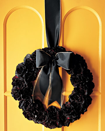 martha-stewart-black-silk-flower-wreath