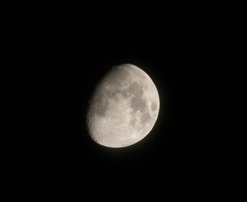 Oct 18, moon