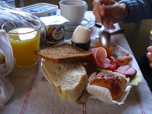 Le petit déjeuner dans le cottage