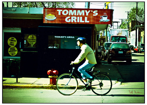 Tommy's Grill - Lomo Fuji