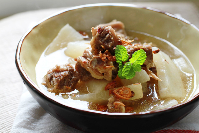 Simple Beef Brisket & Daikon Stew