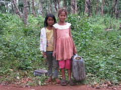 Posing at rubber plantation (Khmer Pure Project) Tags: sea people kids children asian asia cambodge cambodia southeastasia cambodians khmer delta phnompenh siemreap mekong genuine kampuchea ratanakiri phnumpenh