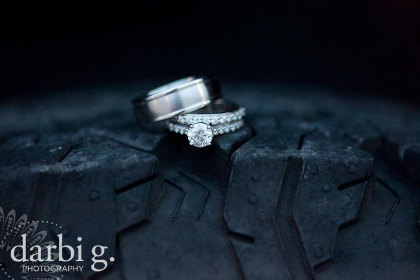 blog-Kansas City wedding photographer-DarbiGPhotography-ShannonBrad-140