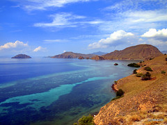 The Blue Lagoon (_takau99) Tags: ocean trip travel sea vacation holiday beach water topv111 pen indonesia landscape topv333 olympus topv222 september tropical topf10 komodo 2010 takau99 penlite epl1 gililawalaut lawalaut lawalautisland