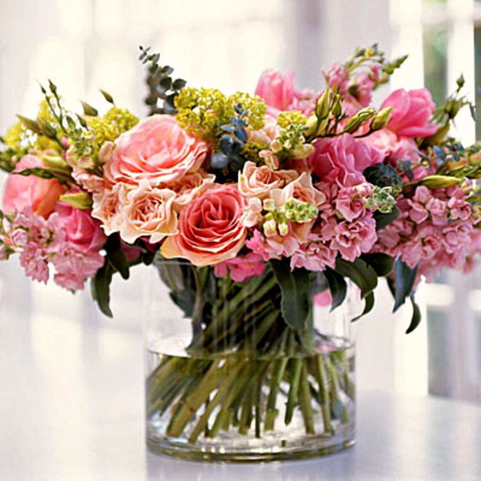 pink-flower-arrangement-l