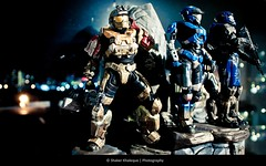 afraid to shoot strangers (shakerk) Tags: 6 statue kat bokeh halo xbox 360 games legendary jorge microsoft figure soldiers carter reach ammunitions edition legend bungie machinegun weapons spartan noble dmr explored threesoldiers haloreach noble6 haloreachlegendaryedition