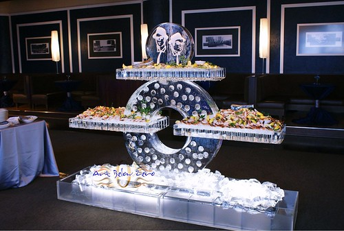 Cycle Seafood Table Chicago theme 2 ice sculpture