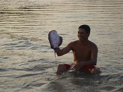 TrinDiego Amazon_DSC02813 (TrinDiego) Tags: brazil brasil river fishing amazon stingray 2010 amaznia amazone amazonriver rioamazonas trindiego