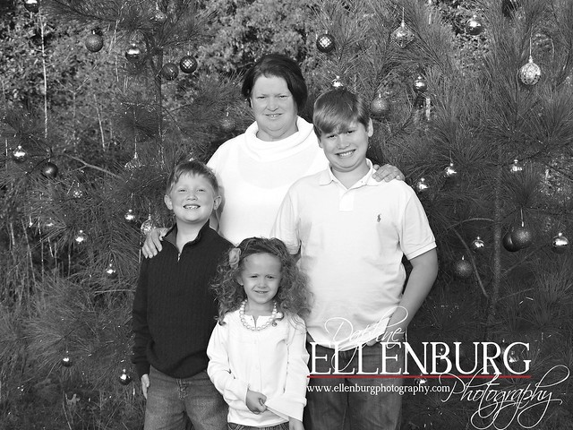 Blog 112010 Ellenburg Family 1-04A