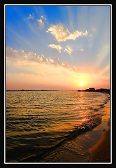sunset   (F.M. World) Tags: sunset sea beach beauty onde  yanbu     mygearandme mygearandmepremium