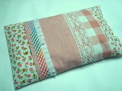 ST30 - Indisponvel (KariKato) Tags: patchwork frio quente aroma tecido dores alfazema fronha retalhos rendas saquinhos trmico karikato saquinhotrmico