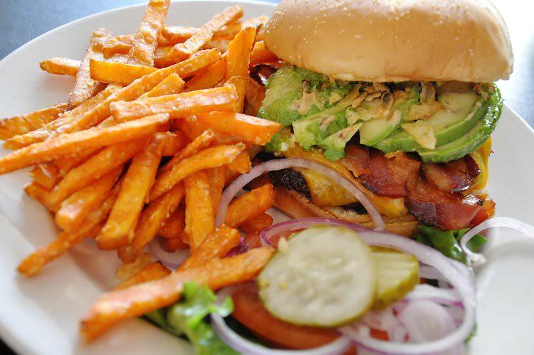 First Burger (4)
