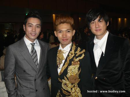 Dior Bersama Pelakon Popuar Korea,Joo Sang Wook &Amp; Song Chang Eui