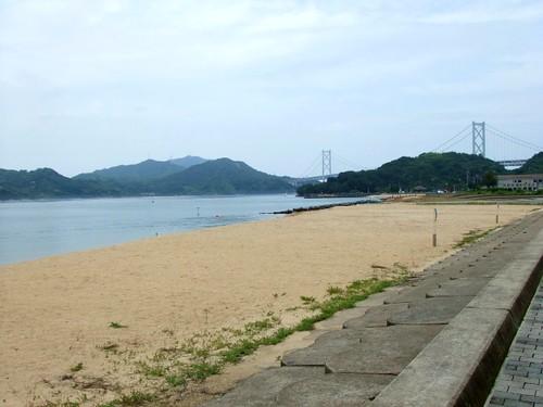 因島 モアイ とビーチ 画像2