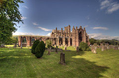 Melrose Abbey (FOlmeda) Tags: nature scotland amazing nikon escocia hdr d300 photomatix scotlanda nikond300