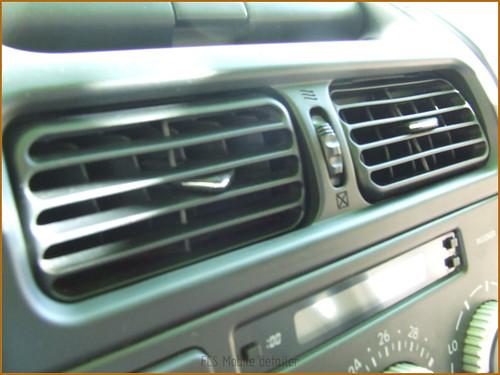 Detallado interior integral Lexus IS200-29