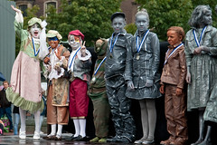 WKlivingstatues2010-0991 (Arie van Tilborg) Tags: kids arnhem professionals amateurs 2010 livingstatues standbeelden wklivingstatues levendebeelden arievantilborg mandyvantilborg worldstatuesfestival nkamateurs
