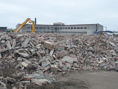 The demolished Pink School with the Comhairle offices behind