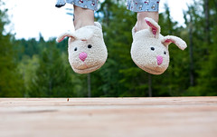 hoppity (the*redhead) Tags: bunnies jump bunnyslippers theredhead andimokwiththat orgracefulanythingreally idonothavegracefulankles