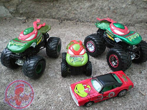 "Racing Champions ""Street Wheels"" diecast 1:64 scale - 'Teenage Mutant Ninja Turtles' 5 pack :: 1971 Coupe - Raphael with Monster Jam Raph Trucks  (( 1999 - 2019 ))"