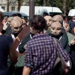 La route du rom (Franck Paul) Tags: paris france ledefrance fr ldh personnes manifestation gens liguedesdroitsdelhomme