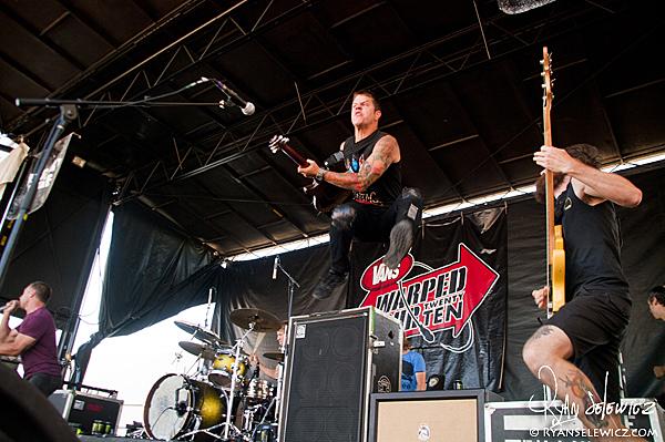 Dillinger Escape Plan - Warped Tour 2010