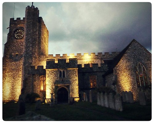 Chilham ~ spooky church at night