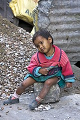 A labourer's child (bag_lady) Tags: poverty india childhood child indian mcleodganj himachalpradesh dharamasala earthasia unseen~india unseen~asia