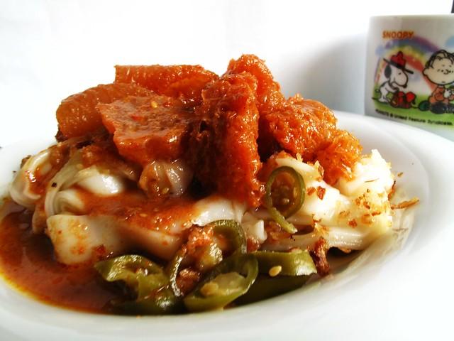 IMG_3893 早餐 : 咖哩猪皮猪肠粉