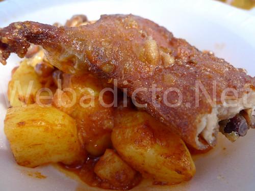 Cuy crocante con tacu tacu de carapulcra - Las Leñas - Mistura 2010