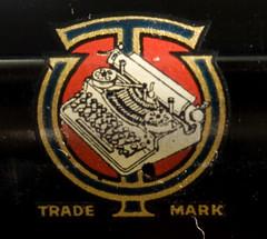 Underwood Standard Portable Typewriter logo