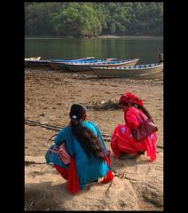 (lorytravelforever) Tags: lake water sadness boat solitude friendship silence thinking pokhara amicizia confidence tristezza silenzio solitudine confidenze fiducia riflettere chiedoaiuto attesadisattesa
