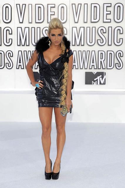 Kesha MTV VMA 2010