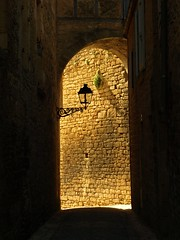 Into the Light (DaveKav) Tags: old light france streets wall dordogne olympus medieval lantern oldtown sarlat e510 aquitaine