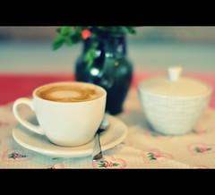 Caf Centro I (2undsiebzig.de) Tags: coffee cafe nikon bokeh kaffee sigma d90 nikond90 sigma5014
