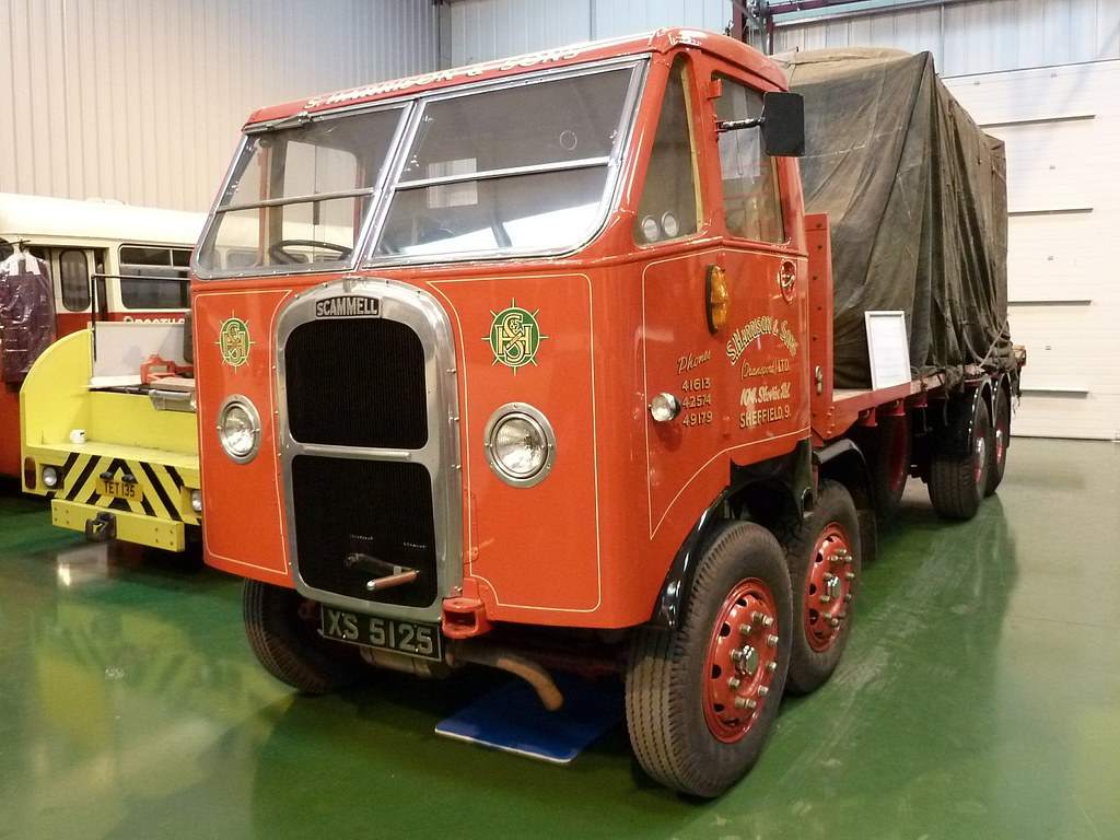 XS 5125 - 1939 Scammell Rigid 8 - S Harrisons