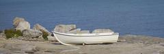 Boats/rocks