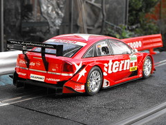 Opel Vectra (Mk.2) (5) (Andy Reeve-Smith) Tags: opel scalextric vectra gtsv8