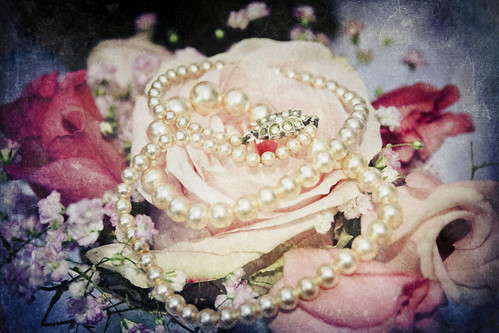 Flowers and Pearls vintage