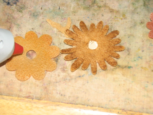 autumn felt flower pin 005