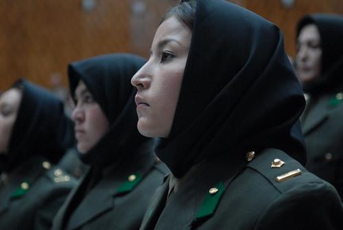 フリー写真素材, 社会・環境, 戦争・軍隊, 人物, 女性, 兵士, 女性兵士, アフガニスタン, ヒジャブ,