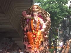 Ganesh Galli - Lalbaug - Ganesh Visarjan 2010 (Rahul_shah) Tags: ganesh mumbai ganapati ganpati matunga lalbaug ganeshotsav ganeshchaturthi ganeshutsav ganeshfestival gajanan ganraj ganeshvisarjan2010