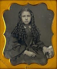 Victorian Teen with Sausage Curls (Mirror Image Gallery) Tags: sausagecurls bottlecurls victorianbeauty victorianteen