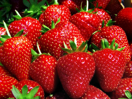 Fresh Strawberries - CertifiedFoodies.com