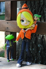 Sisters and Brother (Dreaming Magpie) Tags: family cute green fall japan wonder skeleton toy outside japanese wanda sweater gnome doll hand walk bat dal sunny frog collection plastic planning converse angry kawaii figure button sweeties clover leonard darlings carry hold jun dollies miu pixi jointed yotsubato yotsuba hangry junplanning dollly wonderfrog