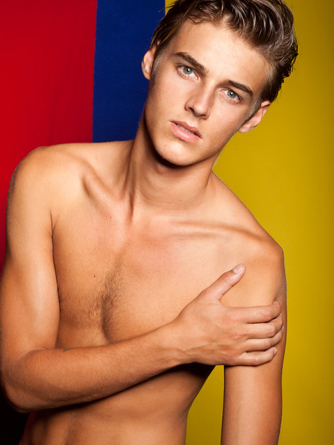 Robbie Wadge0216_Ph  Steven Chu(Fashionisto)
