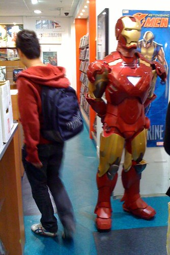 Ironman: the new security guard at at Kings Comics?