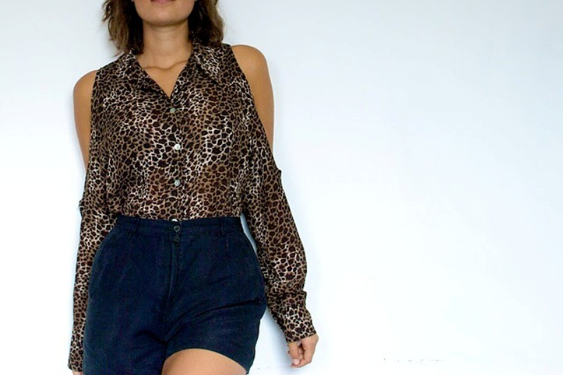 DIY Leopard Print Shoulderless Shirt 1